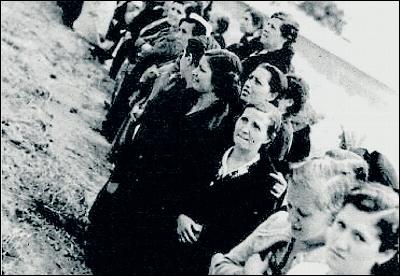 Presas republicanas en la cárcel madrileña de Ventas.
