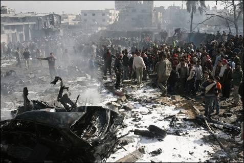 El bombardeo se produce dos días después de que el Gobierno israelí adoptara la decisión de emprender una operación militar a gran escala en Gaza.