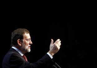 El presidente del PP, Mariano Rajoy, esta mañana en Sevilla. EFE
