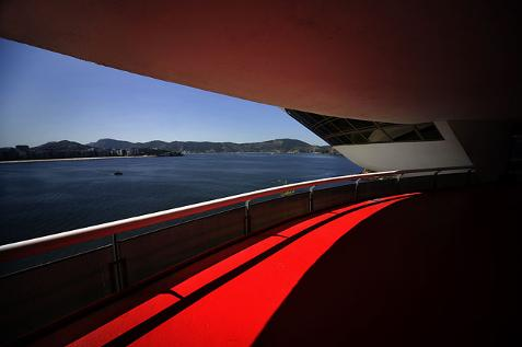 Roberto S. Gomes © (Brasil), 'Red Carpet' / Categoría: Arquitectura || Cortesía de 'Sony World Photography Awards'