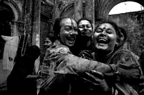 Munem Wasif Abdul © (Bangladesh), 'Holi (color festivel) Celebration' / Categoría: Fotoperiodismo/Documental || Cortesía de 'Sony World Photography Awards'