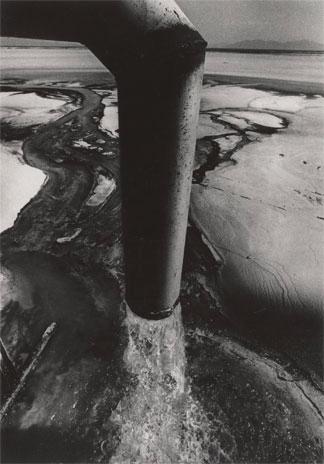 Deshechos industriales de la compañía química Chisso, 1972.