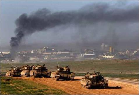 Las tropas terrestres del ejército de Israel han entrado a la ciudad de Gaza. Miles de ciudadanos han tenido que huir de sus casas y buscar refugio. REUTERS