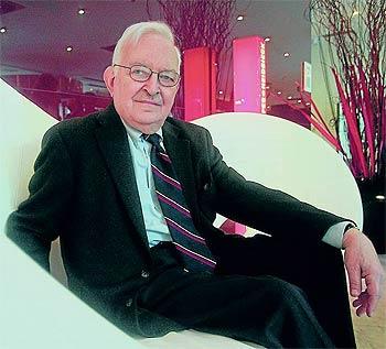 Wallerstein es una de las mayores autoridades mundiales en el estudio de sistemas económicos.