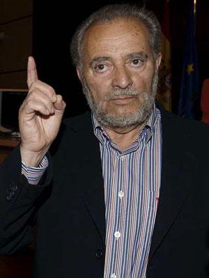 El ex coordinador general de IU, Julio Anguita.