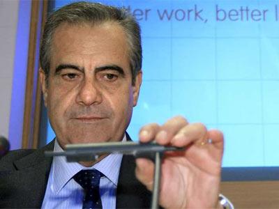 El ministro de Trabajo e Inmigración, Celestino Corbacho, durante la inauguración del encuentro 'El mercado laboral en España: medidas para afrontar la situación actual del empleo'.