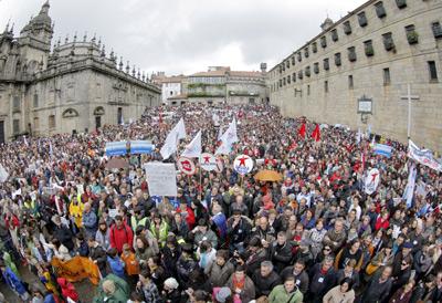 La Xunta, contra un libro que enseña que 'el gallego es propio de Galicia' - Página 2 1242611158099manifestacion-gallegodn