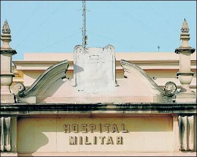 Fachada del Hospital Militar de Quart de Pobles.