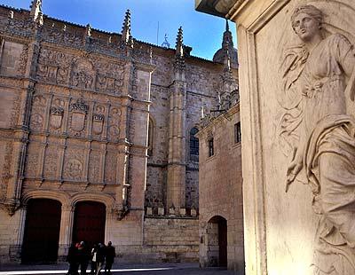 La Universidad de Salamanca,