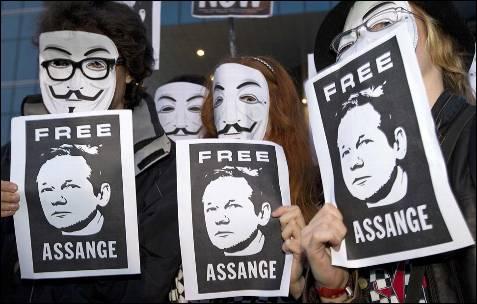 Como toda Europa, Madrid recuerda a Guy Fawkes para pedir la liberación de Assange. EFE