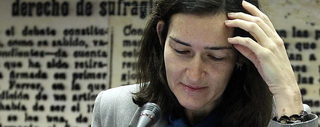 La ministra de Cultura, Ángeles González-Sinde, ayer, en la Comisión de Cultura del Senado.Marta Jara