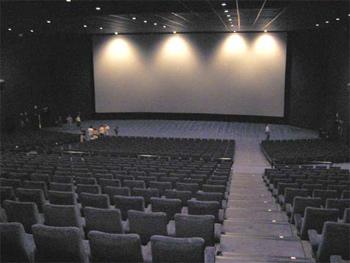Ir al cine en 2010 fue un 6 7 m s caro que en 2009 for Sala 8 kinepolis