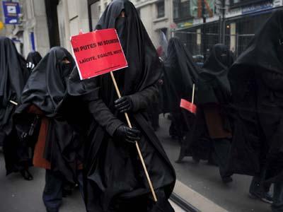 prostitutas en paris prostitutas mejorada del campo