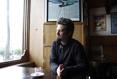 José Luis Peñafuerte, ayer, en una cafetería del centro de Madrid. - GRACIELA DEL RIO