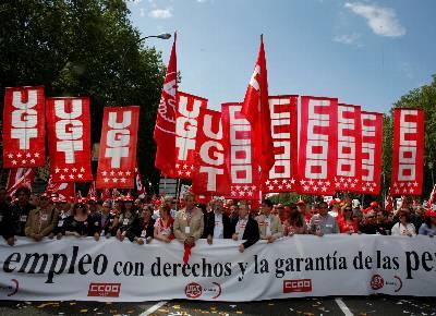 La Guardia Civil entra en las instituciones del PSOE, el Gobierno privatiza ENRESA y presenta la Reforma Laboral. 1272750857207_B5D6EBFB-22CB-4B8E-B3B3-9AB62F8FD728_dn