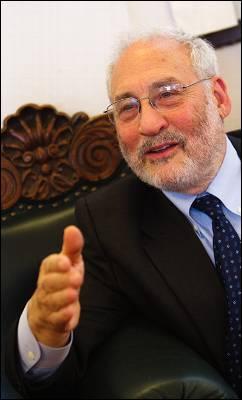 El premio Nobel de Economía, Joseph Stiglitz, ayer en Madrid.