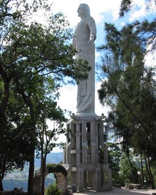Cristo El Picacho', en el centro de la ciudad. DANIEL LOZANO