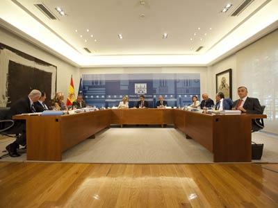 La Comisión Delegada del Gobierno para Asuntos Económicos, presidida ayer por el presidente del Ejecutivo, José Luis Rodríguez Zapatero. Ángel Navarrete