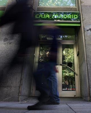 Nace el tercer mayor banco de espa a p for Caja madrid es oficina internet