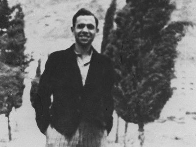 El poeta Miguel Hernández, en Orihuela. EFE