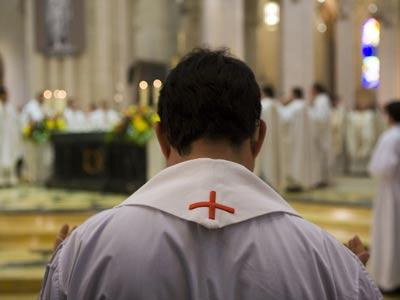 Las pruebas de ADN revelaron que el párroco era el progenitor con un 94,45% de probabilidad. ángel navarrete