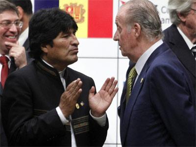Evo Morales y el rey, el pasado fin de semana en la cumbre. EFE