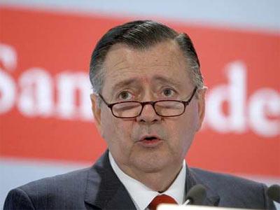 Sáenz cobró 9,1 millones de euros en 2010 - EFE