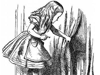 Alicia descubre la puerta al País de las Maravillas, en una ilustración antigua.
