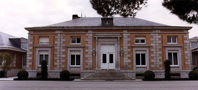 El palacio de la Zarzuela es la residencia habitual del rey Juan Carlos y la reina Sofía.