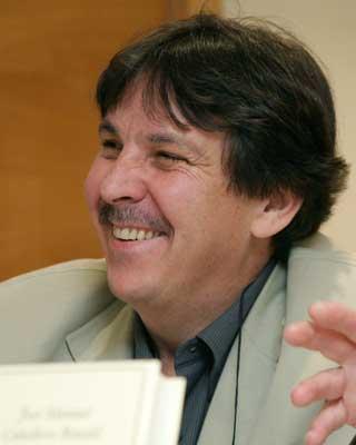 El poeta Nicanor Vélez.