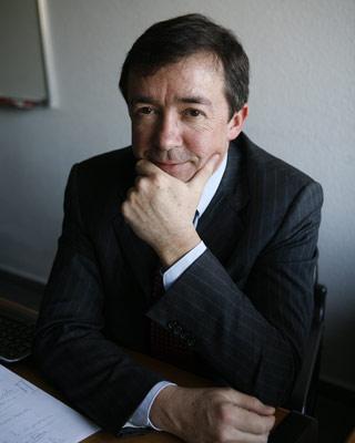 Los indecisos 'elegirán' al nuevo rector de la Complutense