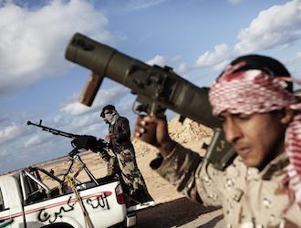 Los rebeldes aguantan por ahora el violento contraataque de Gadafi. AFP
