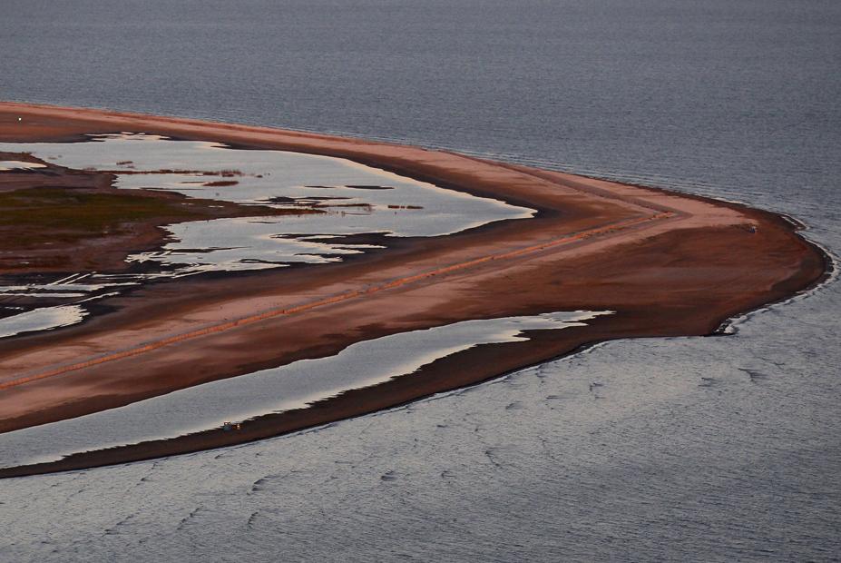 La playa de Barataria un año después del desastre de 'Deepwater Horizon', en el Golfo de México.