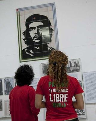 Exposición de la historia de la República, en Marinaleda.-