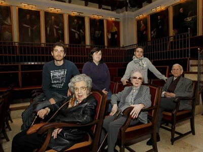 De izquierda a derecha, y de arriba a abajo, Carlos, Anna, Jaime, Alejandra, Juana y Juan.-
