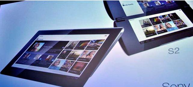 Abajo a la izquierda, la S1. Arriba, la tableta S2. AFP