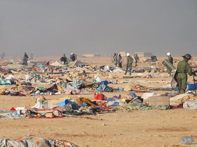 La brutal intervención marroquí arrasó totalmente el campamento Dignidad' de El Aaiún en noviembre.