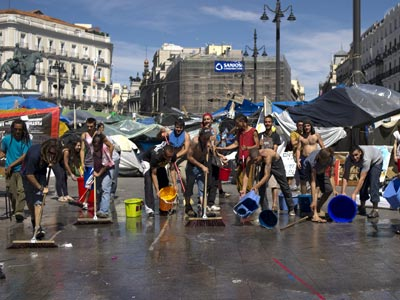 Redirecting to espana indignados sol debaten ahora for Puerta del sol en directo ahora