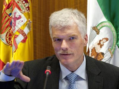 Andreas Schleicher, ahir en la seva compareixença al Parlament d'Andalusia. laura lleó