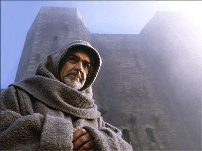 Sean Connery, protagonizó la versión cinematográfica de la novela de Eco.