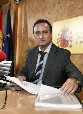 El secretario de Estado de Hacienda y Presupuestos, Juan Manual López Carbajo, durante la presentación de los datos de la última liquidación del sistema de financiación de las comunidades autónomas, correspondiente al ejercicio de 2009.
