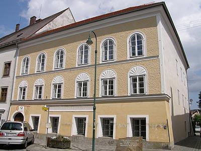 Casa natal de Adolf Hitler en Braunau am Inn, Austria.