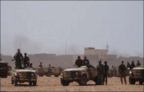 Los soldados de Rabat llegan a la zona donde se enfrentaban marroquíes y saharauis.