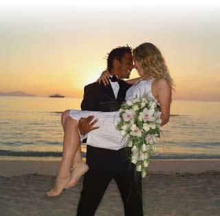 Con fecha de vencimiento: proponen matrimonios renovables en México 1317368444157bodagrandedn