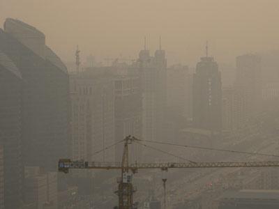 Contaminación en la capital china, donde está previsto instalar 27 estaciones este año. Bloomberg
