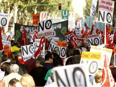 Imagen de la manifestación convocada por la Cumbre Social el 7 de octubre de 2012.