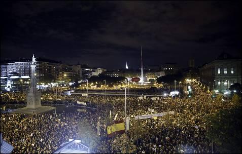 Vista general de la manifestación de Madrid en la Plaza de Colón.
