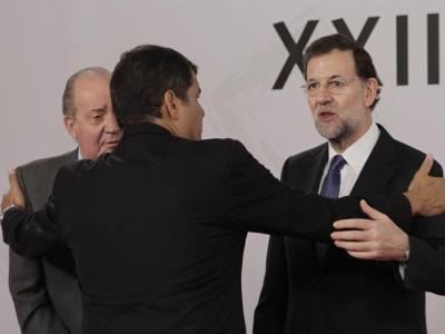 Correa saluda al rey y a Rajoy en la Cumbre de Cádiz/EFE
