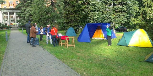 Imagen del encierro de la UCM publicada en el blog de los trabajadores encerrados.