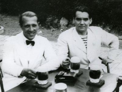 El escritor uruguayo, Enrique Amorim, junto a García Lorca en 1934.